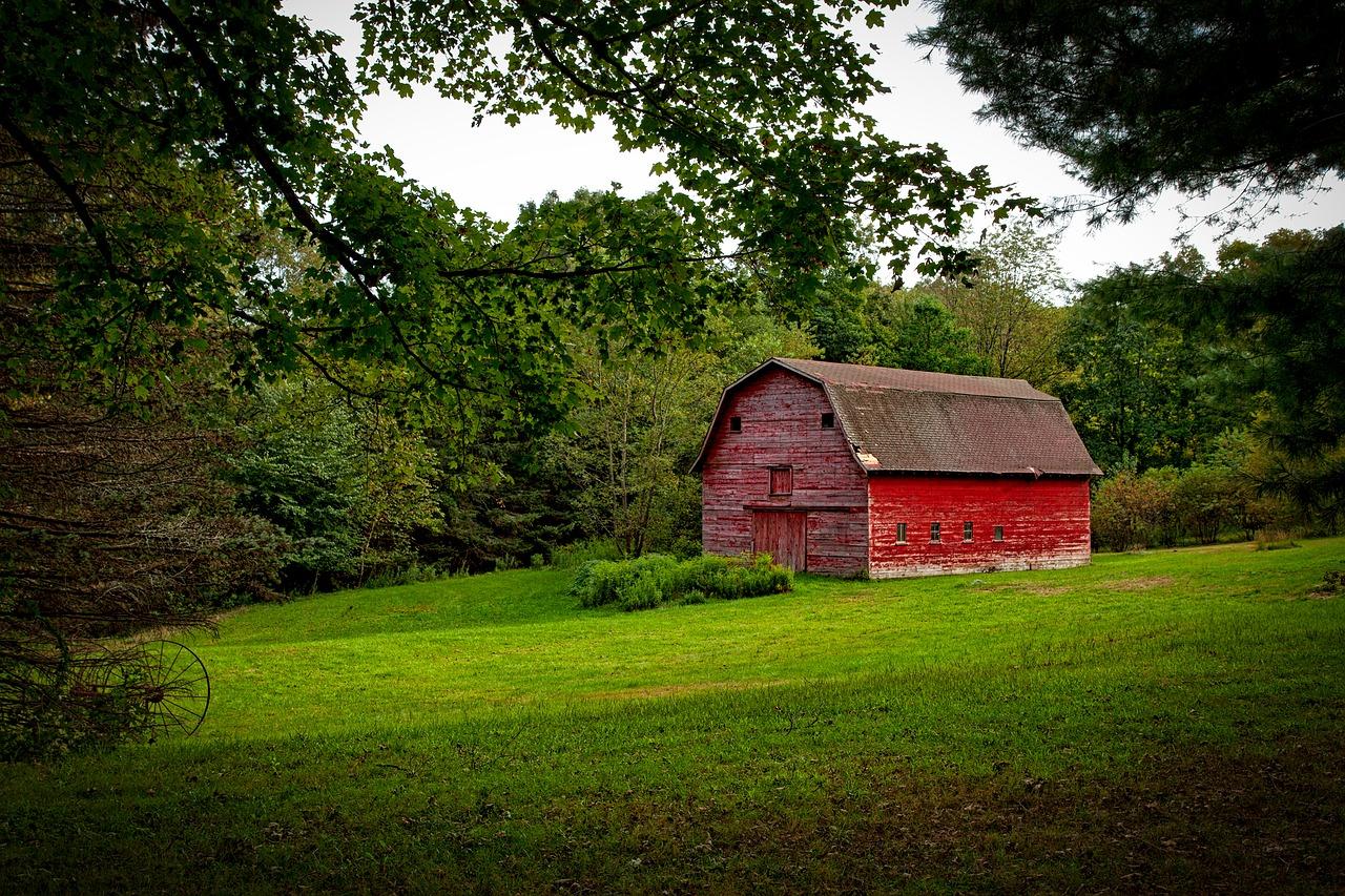 red barn, farm, rustic-1601617.jpg